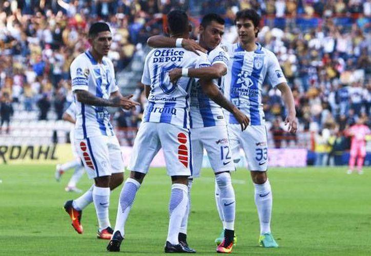 Los Tuzos del Pachuca continúan con el buen futbol y esta noche derrotaron a los Pumas con un 3-0. (Liga MX)
