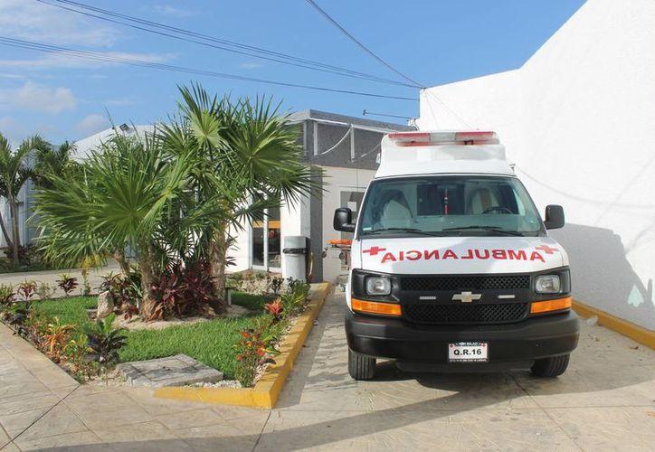 Se dio aviso al número 066 sobre el nacimiento de un bebé en la vía pública, por lo que una ambulancia se dirigió al lugar. (Redacción/SIPSE)