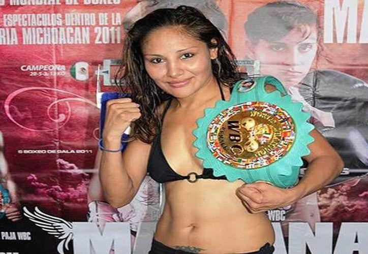 Mariana Juárez enfrenta este sábado a la estadounidense Noemí Bosques, quien resaltó su admiración por la mexicana. (Notimex)