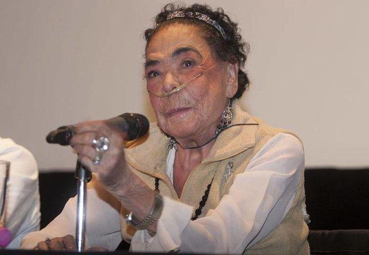 El cuerpo de Columba Domínguez fue trasladado a la Funeraria Gayosso Félix Cuevas durante las primeras horas de este jueves. (vanguardia.com.mx)