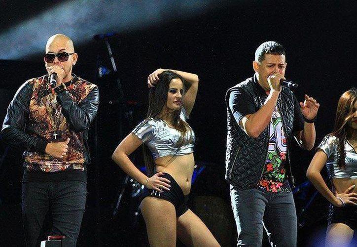 El dúo puertorriqueño se presentará en el Electro Oasis Beach en Cancún. (peru.com)