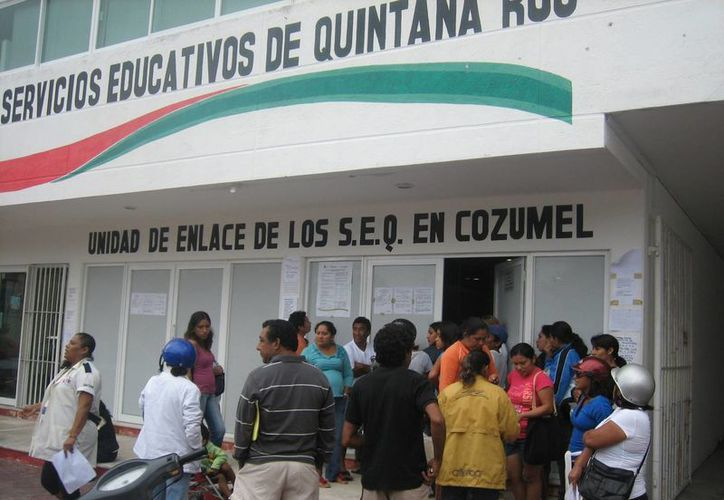 La  Unidad  de Servicios Educativos de Quintana Roo se ubica en la avenida 15, entre las calles Dos y Cuatro norte del centro. (Marco Do Castella/SIPSE)
