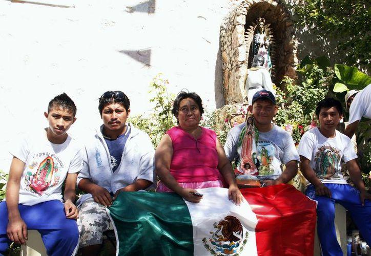 Jorge Dzib Nolasco y sus amigos pedalearon durante dos días. (Milenio Novedades)