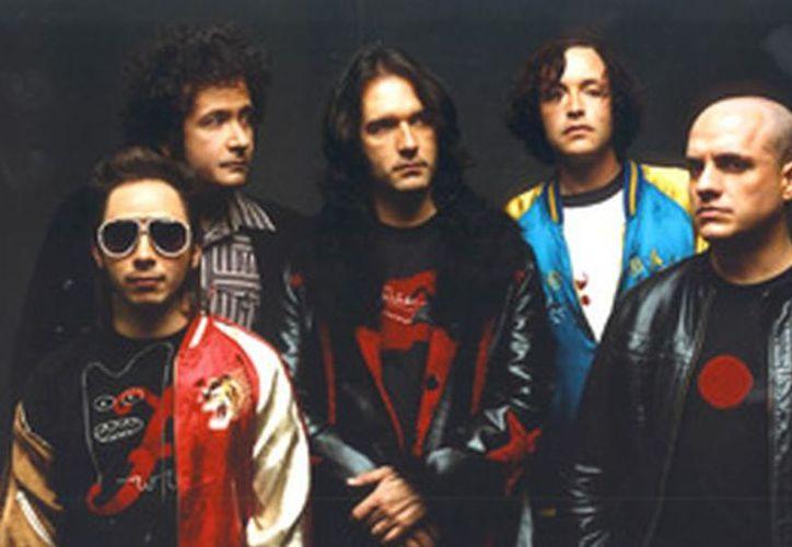El grupo comenzará la gira de festejo el 20 de abril. (elnuevodiario.com)