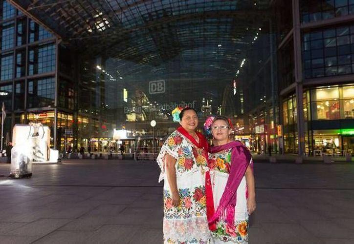 Yucatán sostendrá intercambios médicos, deportivos y culturales con Las Vegas. En la foto, de contexto, yucatecas durante la promoción de la entidad en el 'Año Dual México Alemania'. (SIPSE)
