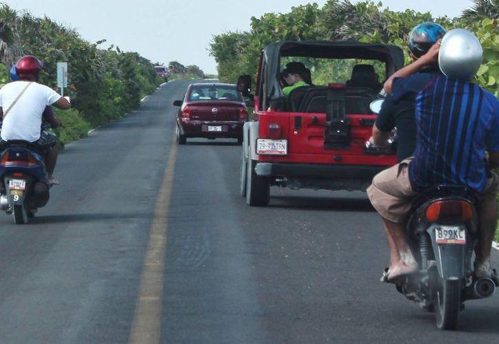Por falta de personal de tránsito los operativos de seguridad se han reducido en un 50%. (Gustavo Villegas/SIPSE)