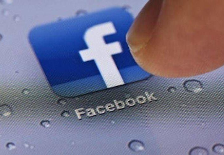 Facebook puede cerrar tu cuenta si descubre que has falseado tu información. (facebookitzelaguilar.blogspot.com)