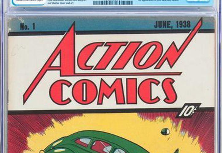 El cómic proviene de la colección de un aficionado a las historietas que lo adquirió en la década de 1990 por 26 mil dólares.(Jose Hernandez/AP)