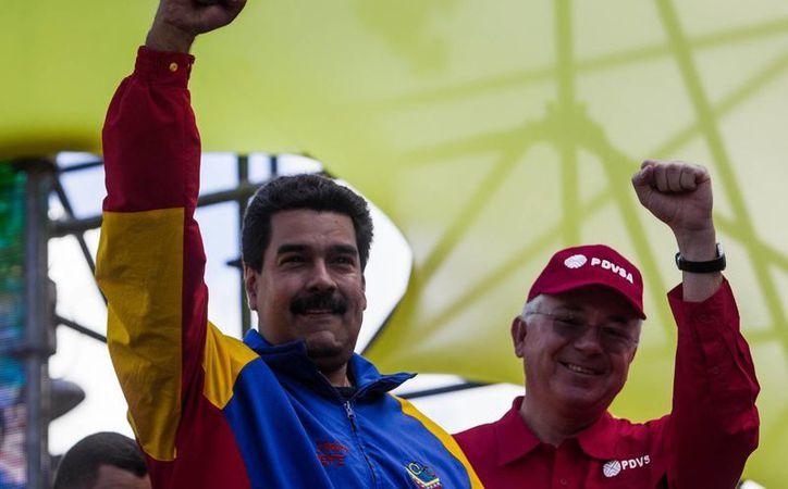 Con la aprobación de la Ley de Precios Justos, Nicolás Maduro inicia una nueva etapa en la 'ofensiva económica' contra especuladores en Venezuela. (EFE)