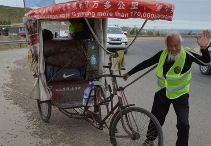 El anciano circulaba a la altura de San Julián cuando fue arrollado por un camión. (Foto: El Mundo)