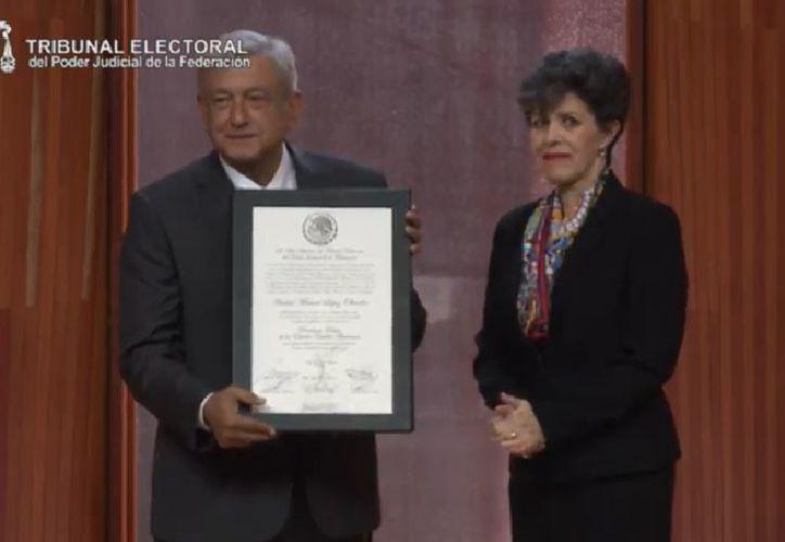 López Obrador es reconocido por el Poder Judicial mexicano como el ganador legítimo de las elecciones nacionales. (Impresión)