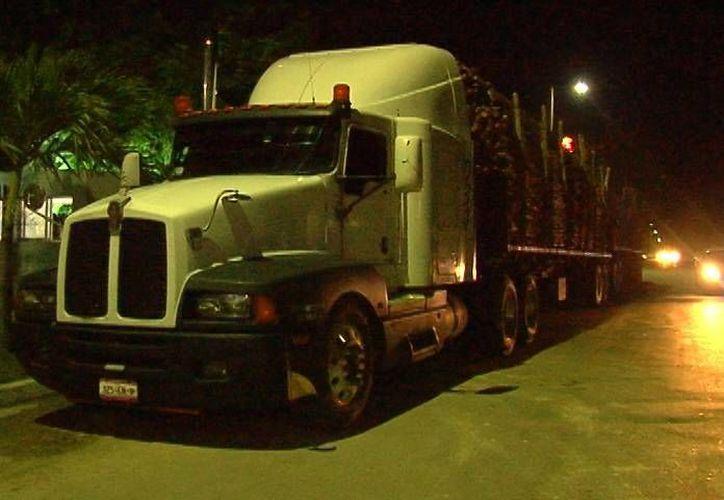 El tracto camión se dirigía hacía Culiacán, Sinaloa. (Redacción/SIPSE)