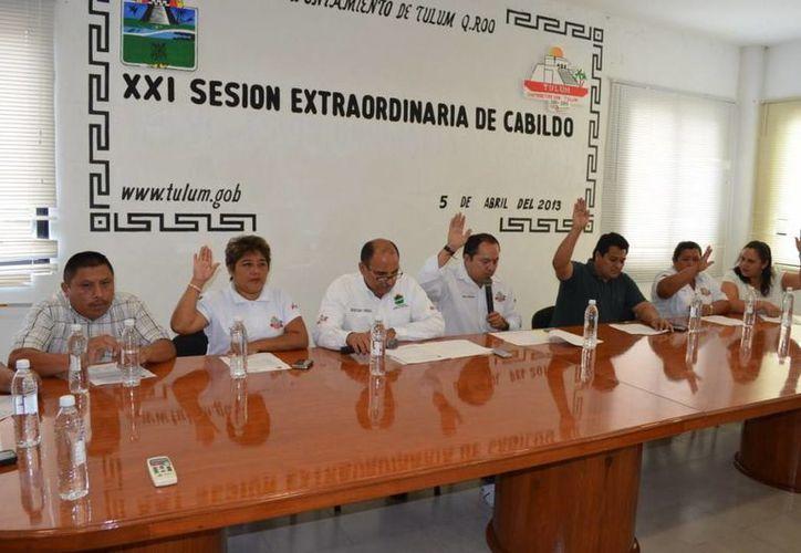 El Cabildo durante la XXI Sesión Extraordinaria. (Cortesía/SIPSE)