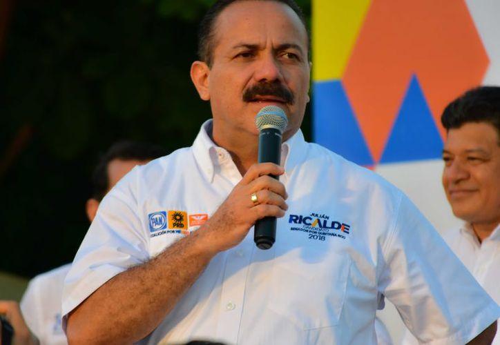 Julián Ricalde aseguró que asume todos y cada uno de los compromisos de la coalición integrada por el PRD, el PAN y Movimiento Ciudadano. (Redacción)
