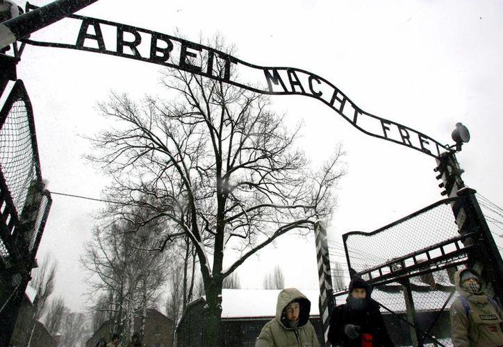 En el campo de concentración de Auschwitz murieron 1.1 millones de judíos.(Archivo/AP)