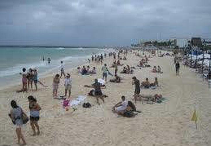 Prevén incremento en arribo de turistas en Cancún y Puerto Morelos. (Archivo/SIPSE)