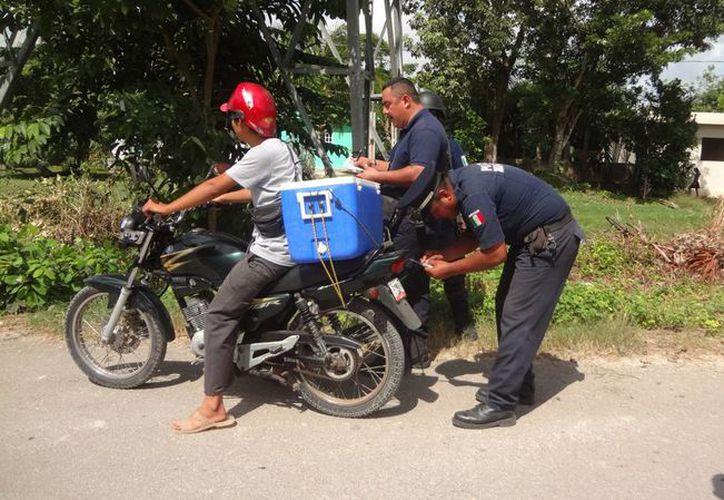 A raíz de que se han realizado campañas dirigidas a los motociclistas, sólo 5% de las infracciones se hacen por falta de casco. (Javier Ortiz/SIPSE)