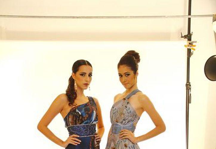 Mariana Dávalos y Alicia Dawn representarán hoy a Yucatán. (Milenio Novedades)