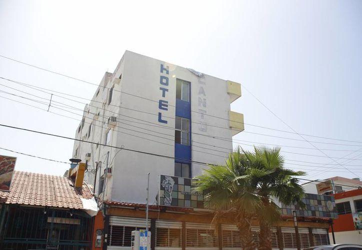 Se contabilizan 38 centros de hospedaje en el primer cuadro de Cancún. (Israel Leal/SIPSE)