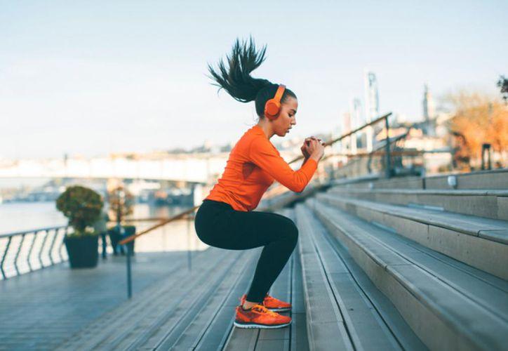 La Organización Mundial de la Salud (OMS), destaca la importancia de hacer ejercicio más allá de la apariencia física. (Internet)