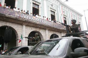Yucatecos disfrutan del tradicional desfile del 16 de septiembre