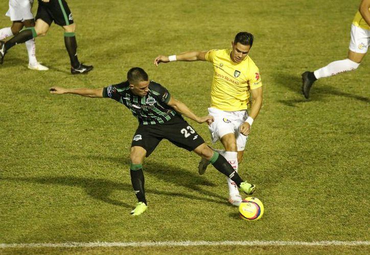 El partido concluyó 2-1 a favor del equipo de Chiapas, pero Venados buscará la revancha el próximo viernes. (Fotos: José Acosta/Milenio Novedades)