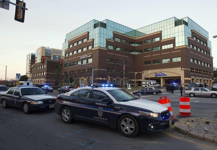 El paciente fue llevado de urgencia al hospital, donde perdió la vida. (AP/Cliff Owen)