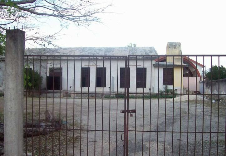 Así lucía la fachada de la Casa de la Cristiandad en el año 2008. (Jorge Moreno/SIPSE)