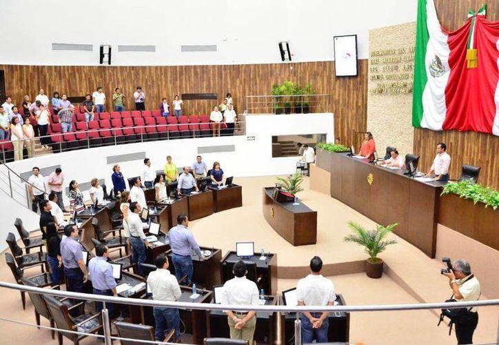 Además de aprobar reformas a favor de víctimas, el Congreso de Yucatán recibió este martes la solicitud de trámite en el caso de los límites territoriales  de Telchac Puerto e Ixil. (Foto cortesía del Gobierno de Yucatán)