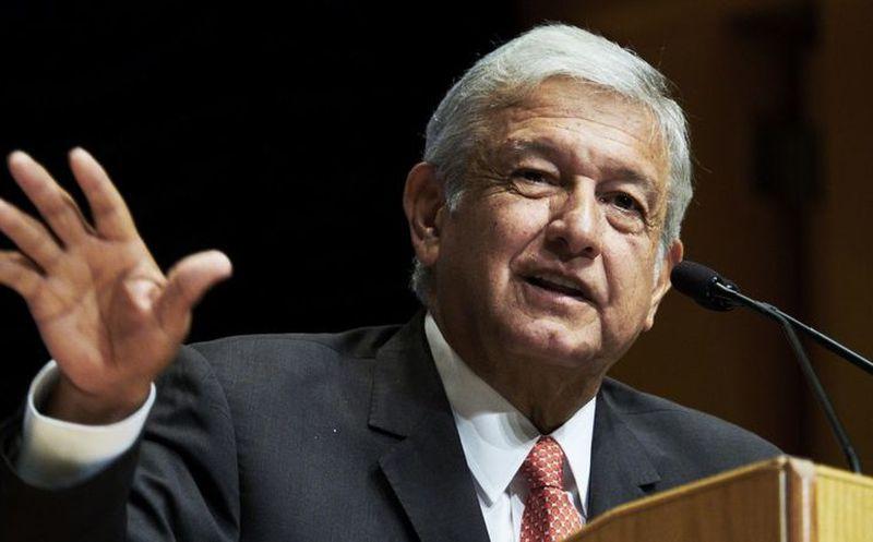 Andrés Manuel López Obrador se coloca en primer lugar con el 41.7 por ciento de las preferencias electorales. (Foto: Regeneración)