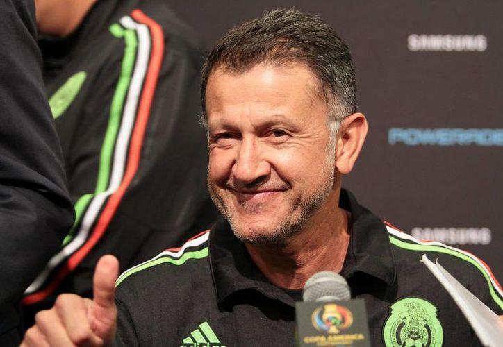 Dirigentes del Tri apuestan por la continuidad del director técnico de la Selección mexicana, Juan Carlos Osorio. (Archivo/Notimex)