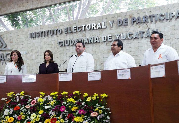 El Iepac inauguró ayer las actividades por su vigésimo aniversario. (Milenio Novedades)