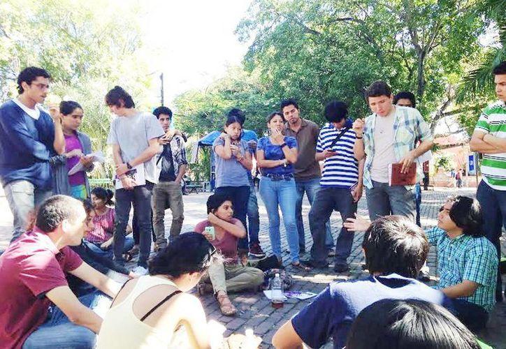 Los estudiantes se muestran inconformes con las sedes alternas. (Milenio Novedades)