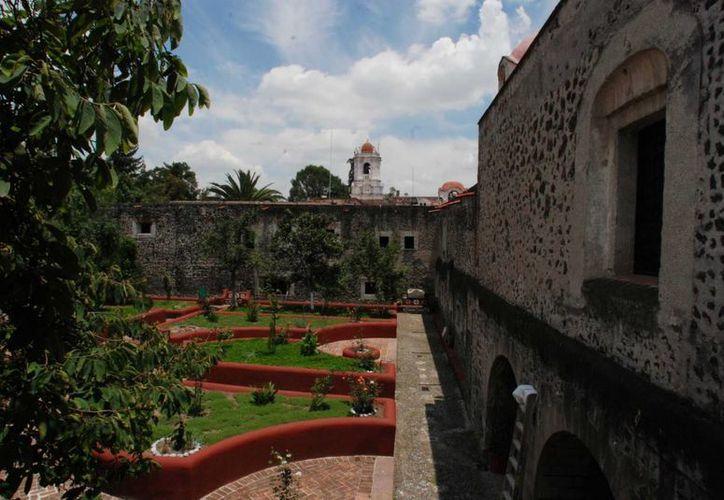 El MNI alberga una exposición que homeaneja a la mujer, durante la Intervención Francesa, con motivo del 151 aniversario de la Batalla de Puebla. (INAH)