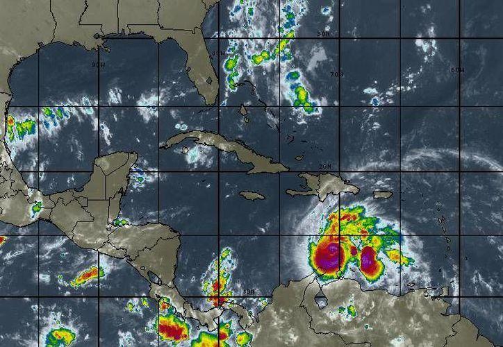 Se espera cielo nublado, con 50 por ciento de probabilidad de lluvias en Cancún. (Intellicast)