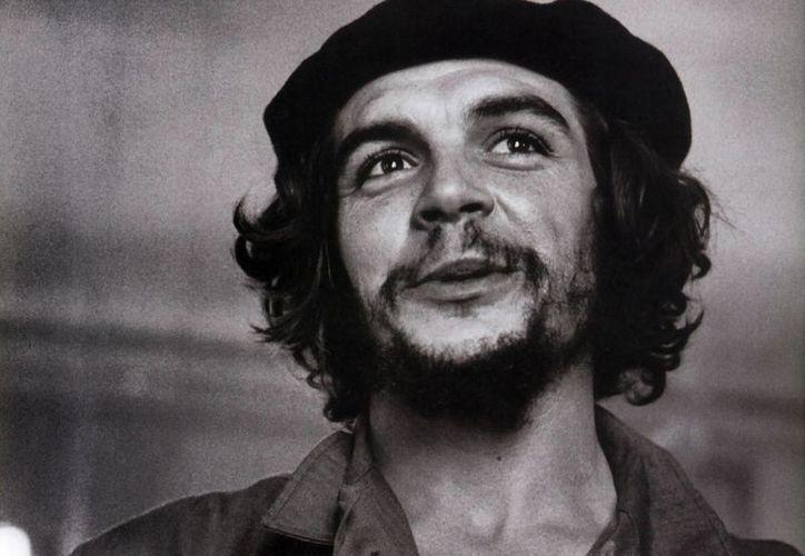 La imagen del líder guerrillero causa polémica entre la comunidad cubana exiliada. (Archivo)