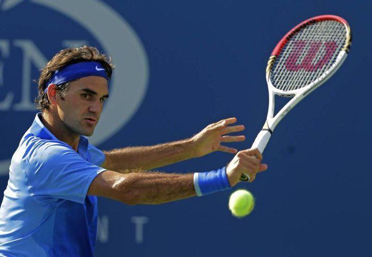 Federer superó con solvencia al esloveno Grega Zemlja. (Agencias)