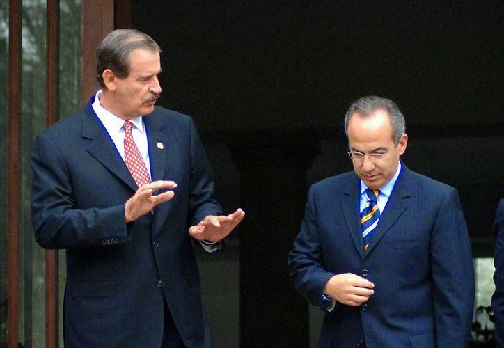 Los exmandatarios Felipe Calderón y Vicente Fox aceptaron comparecer ante la Comisión de la Verdad de Oaxaca, la cual es presidida por el 'padre' Alejandro Solalinde e investiga hechos que pudieran constituir violaciones de derechos humanos o presuntos delitos en el estado. (Imagen tomada de www.alminuto.mx)