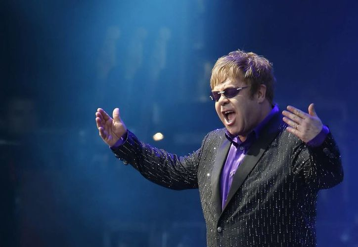 Elton John presentará su nuevo disco en septiembre. (EFE)