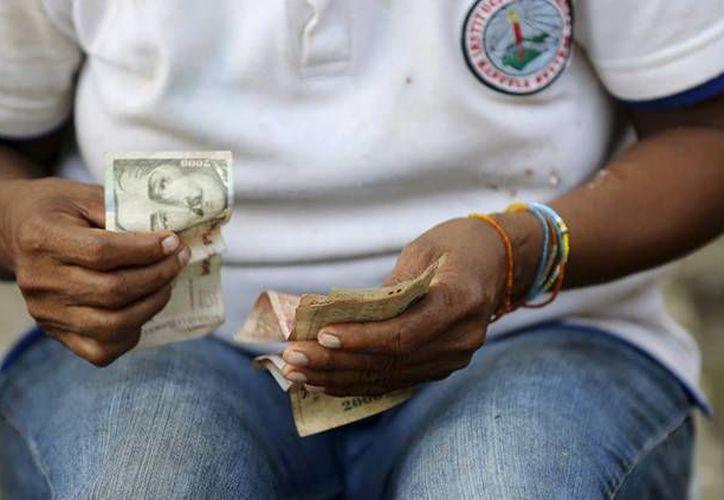 Colombia tuvo un aumento del 7 por ciento en su salario. (Archivo/Reuters)