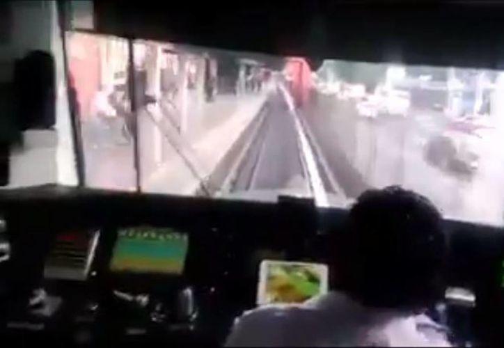 El video del operador del Metro fue difundido a través de las redes sociales. (Captura de pantalla/YouTube)