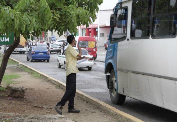 En la ciudad se registran 228 checadores autorizados. (Tomás Álvarez/SIPSE)