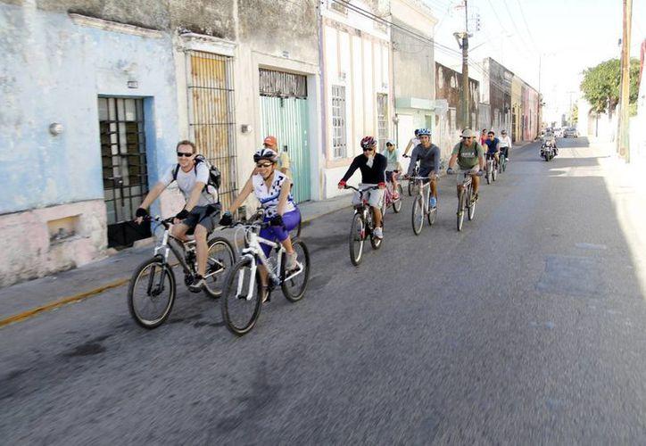 Diversas agrupaciones civiles se unirán a la campaña en pro de los ciclistas. (Milenio Novedades)