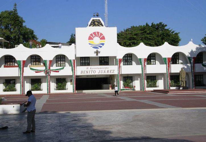 La ceremonia de entrega-recepción del Ayuntamiento se realizará el 30 de septiembre. (Tomás Álvarez/SIPSE)
