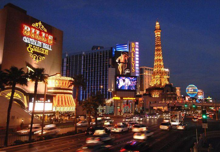 Las Vegas Boulevard South es conocido con el Strip de Las Vegas, la calle más importante de toda la ciudad, y conocida en todo el mundo. (Contexto/Internet)