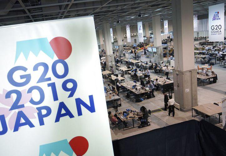 Centro de medios antes de la cumbre de G20 en Osaka, Japón. (AP Foto/Eugene Hoshiko)