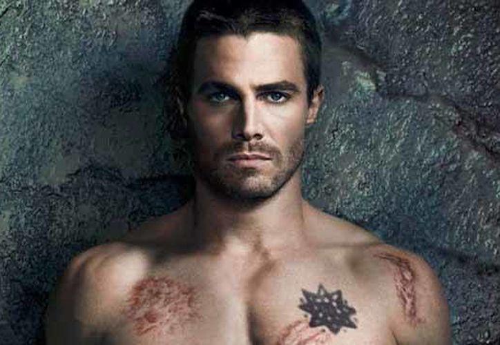 """El protagonista de """"Arrow"""" ya había aparecido sin ropa en pantalla con """"Queer as Folk"""". (Agencias)"""
