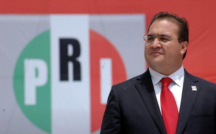 Echar a Javier Duarte del PRI tal vez no sea suficiente para evitar la debacle electoral del partido de cara al 2017 y 2018. (vanguardia.com.mx)