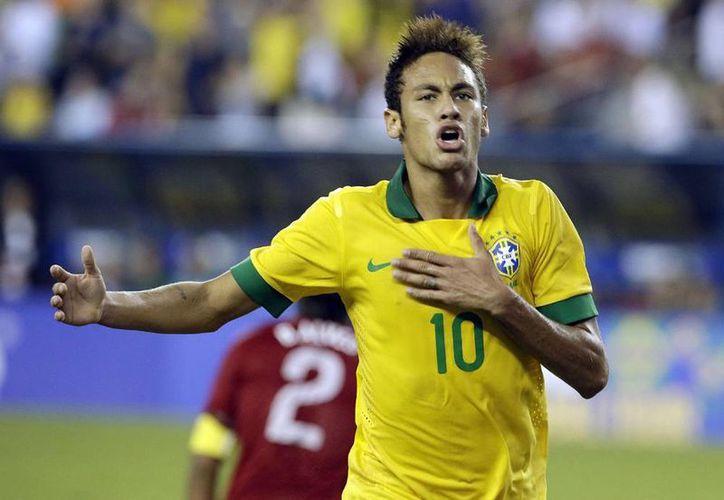 El único sudamericano presente en la quiniela de la cadena ABC News, además de dos argentinos, es el brasileño Neymar (22). (AP)