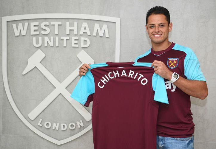 El mexicano, se argumentó muy contento y muy desesperado por firmar con su nuevo equipo. (Foto: West Ham)